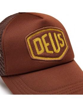 DEUS Trucker pet Felt Shield - brown