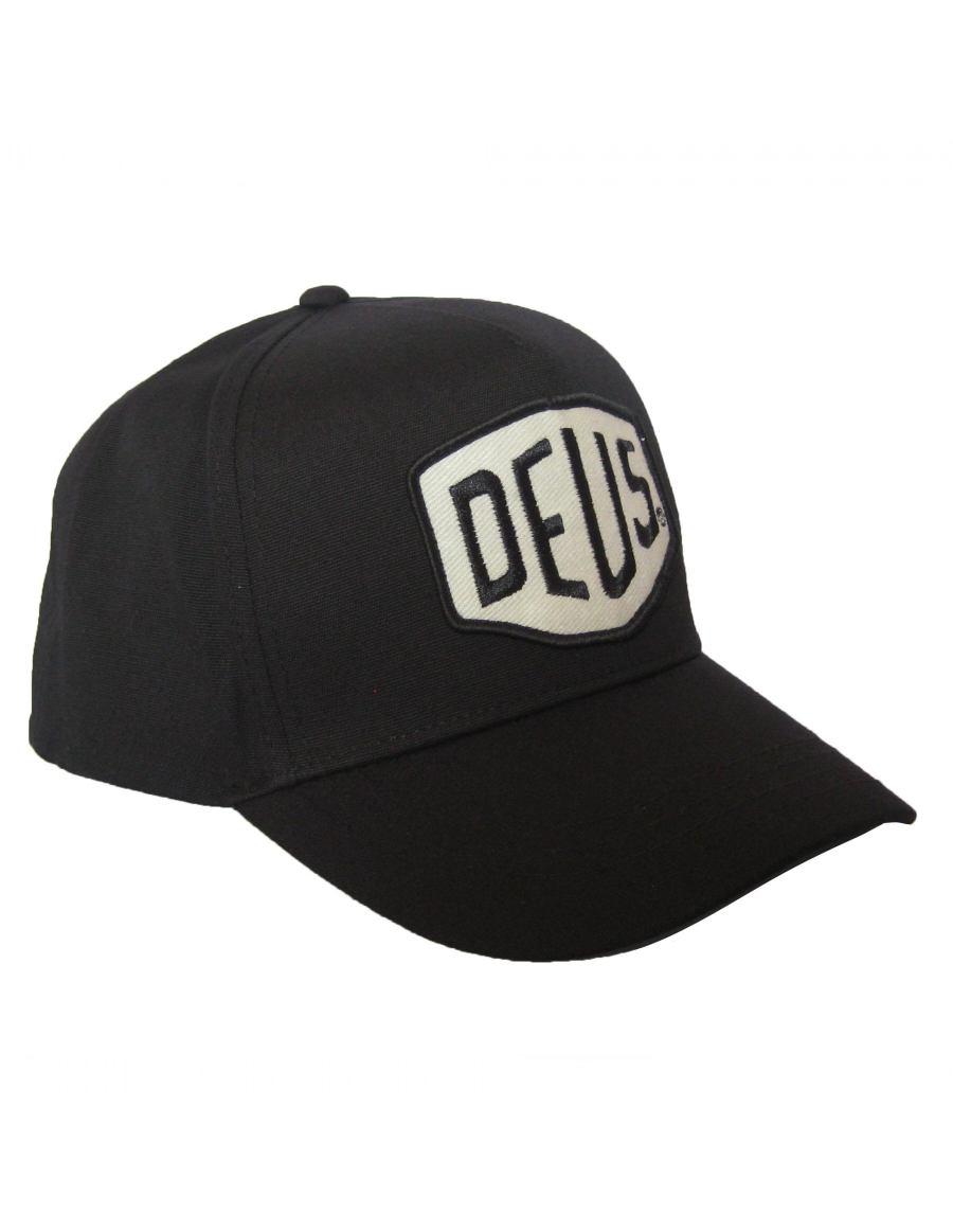 DEUS Pet Curved cap Faded Shield - black