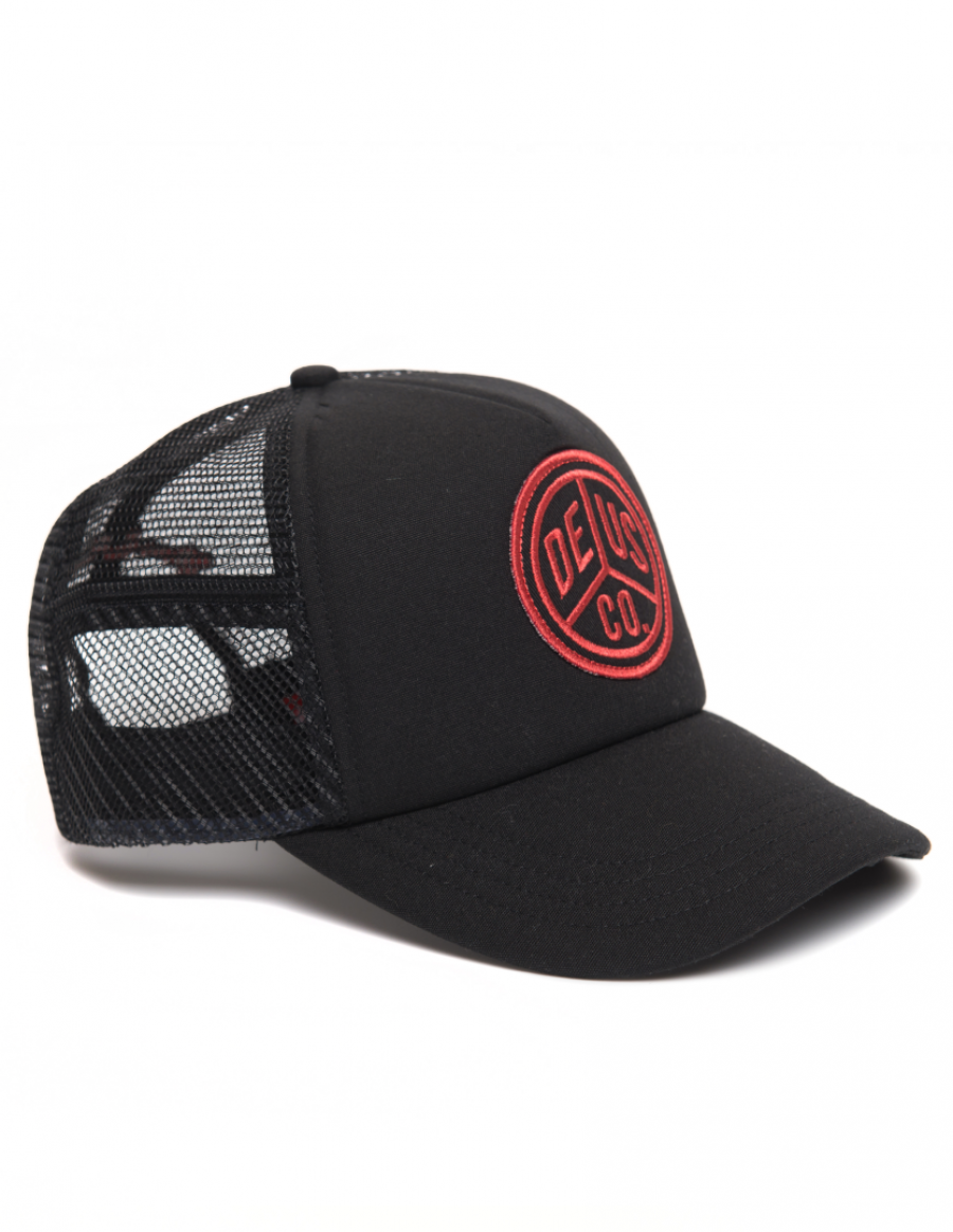 DEUS Trucker cap Peace - black red