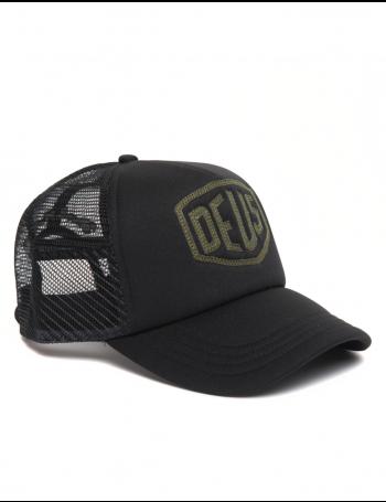DEUS Trucker cap Raised Shield - black