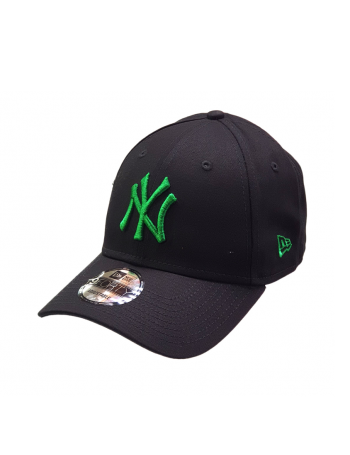 New Era 9Forty Curved cap (940) NY Yankees - Green on black